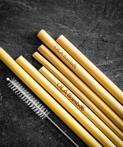 Pailles en bambou et brosse nettoyante